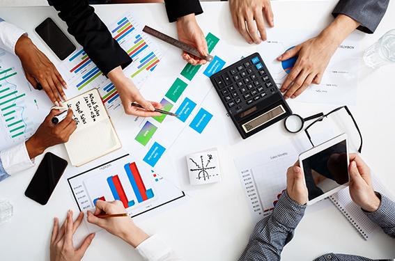 Des solutions de financement adaptées à vos besoins pour l'équipement matériels de vos points de vente.